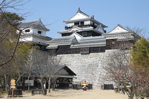 松山城のロープウェイ